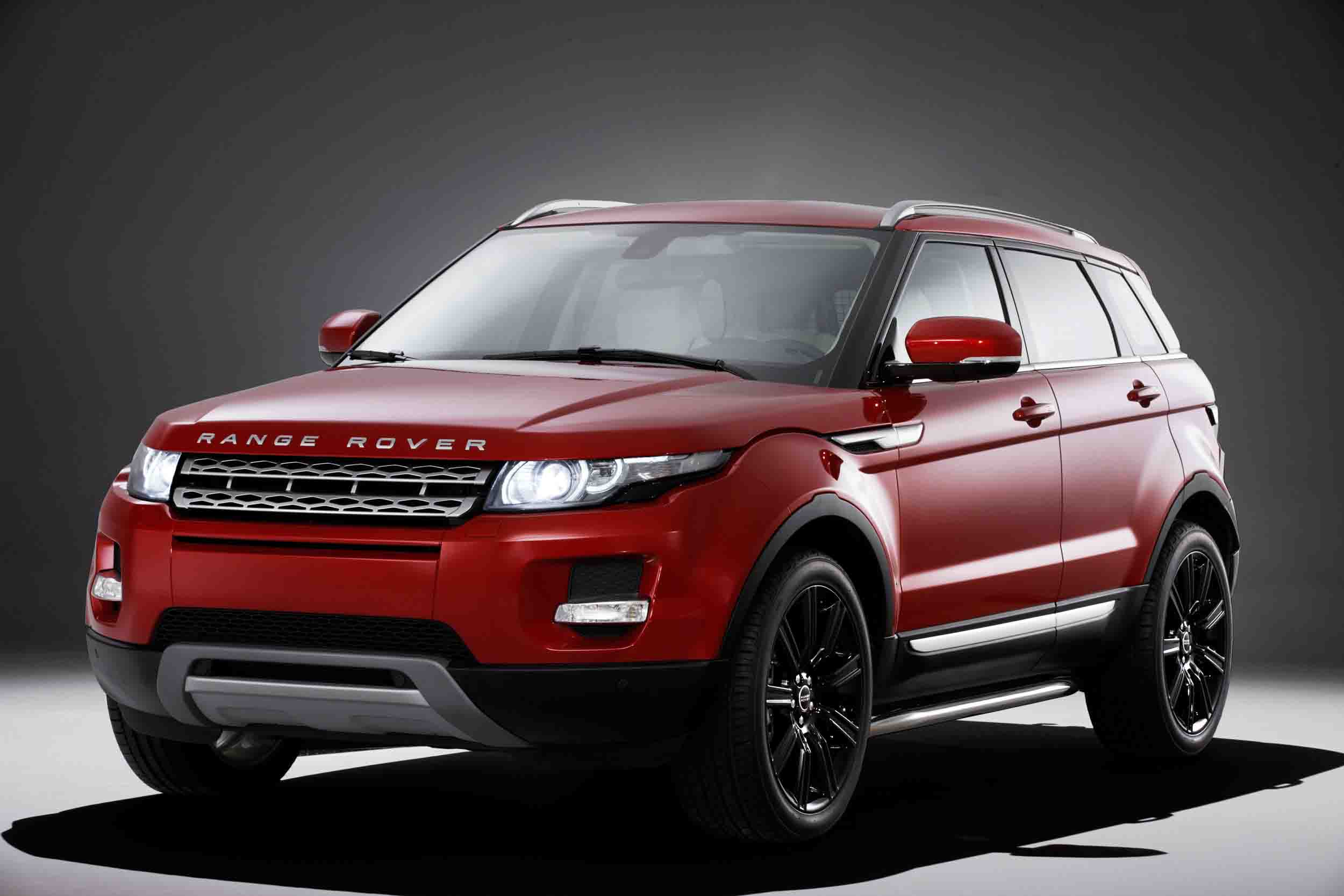 logo land news landrover revised sale rover for debuts gets visual updates