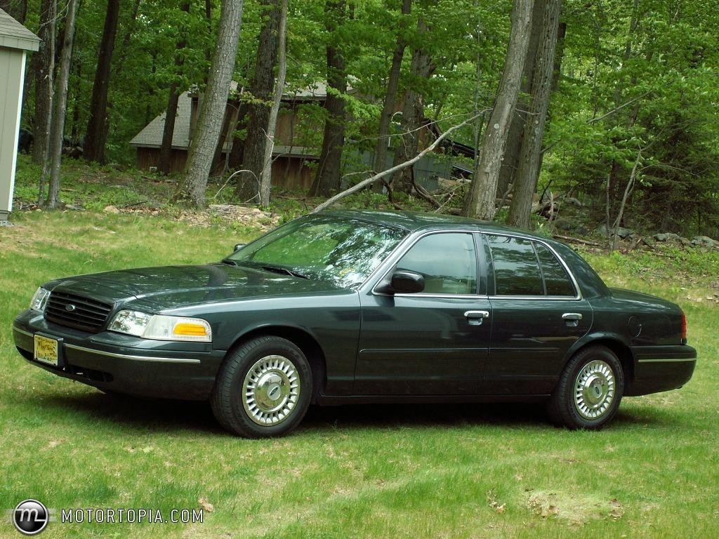 1998 Ford Crown Victoria #7