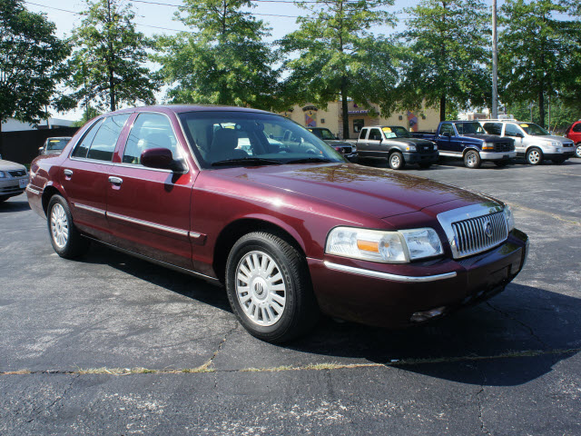 2007 Mercury Grand Marquis #7