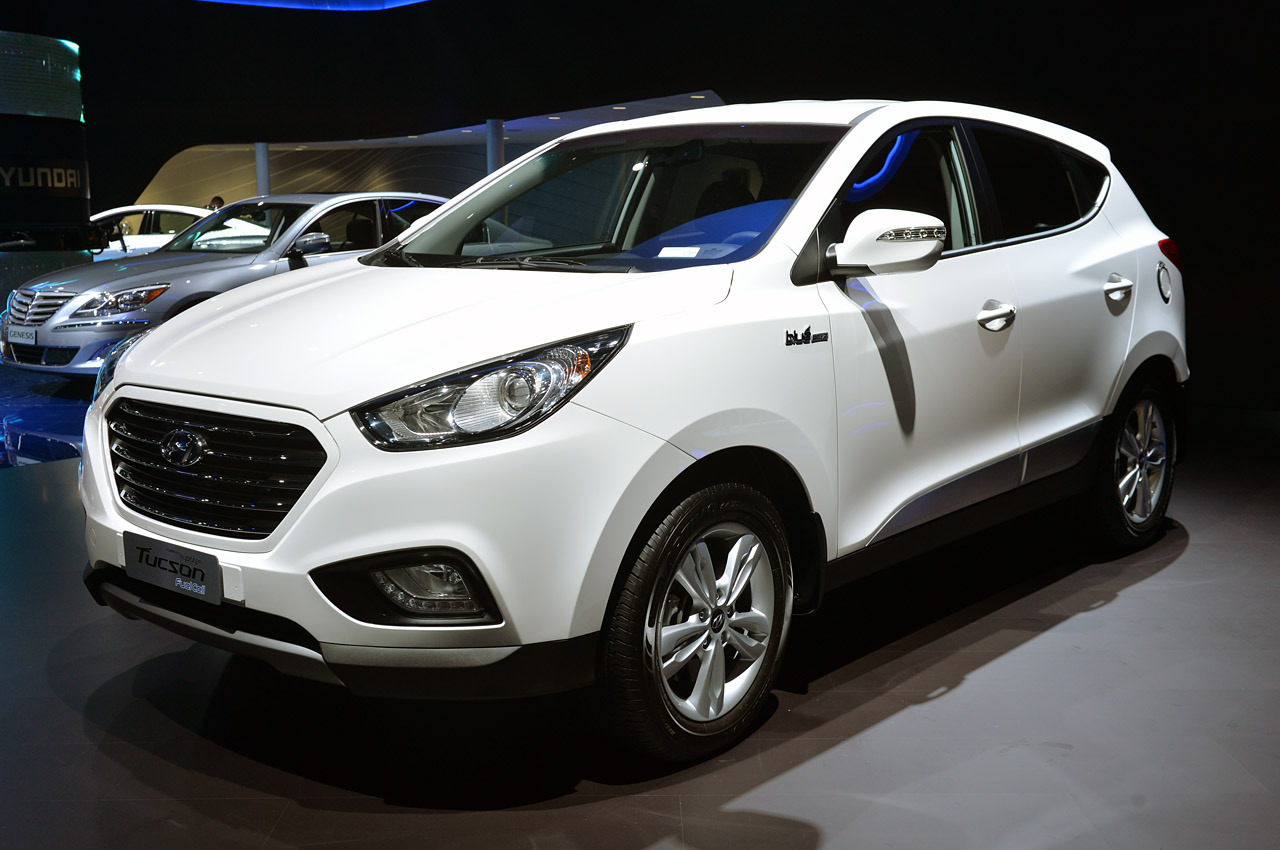 2015 hyundai tucson photos informations articles. Black Bedroom Furniture Sets. Home Design Ideas