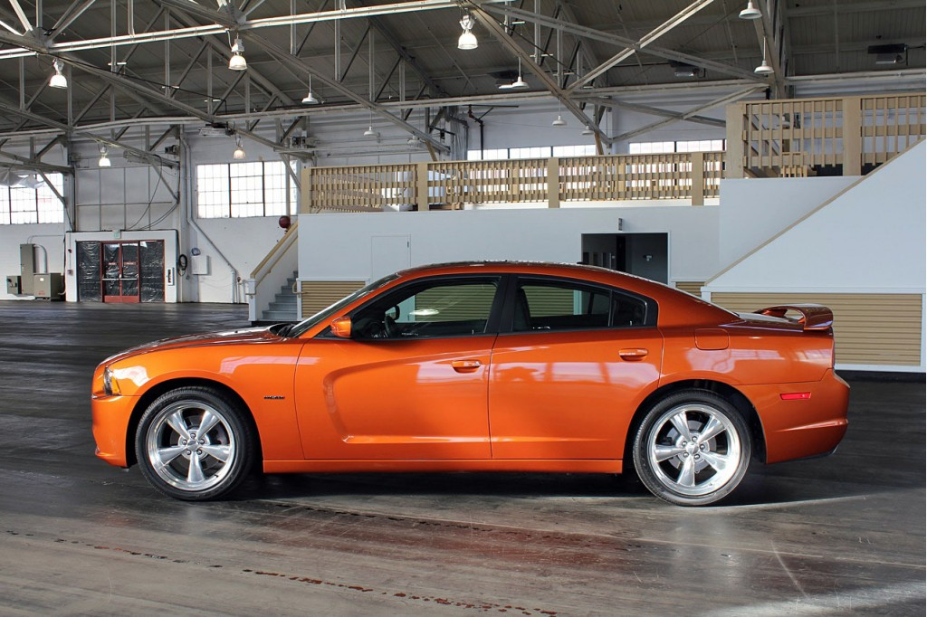 2011 Dodge Charger #8
