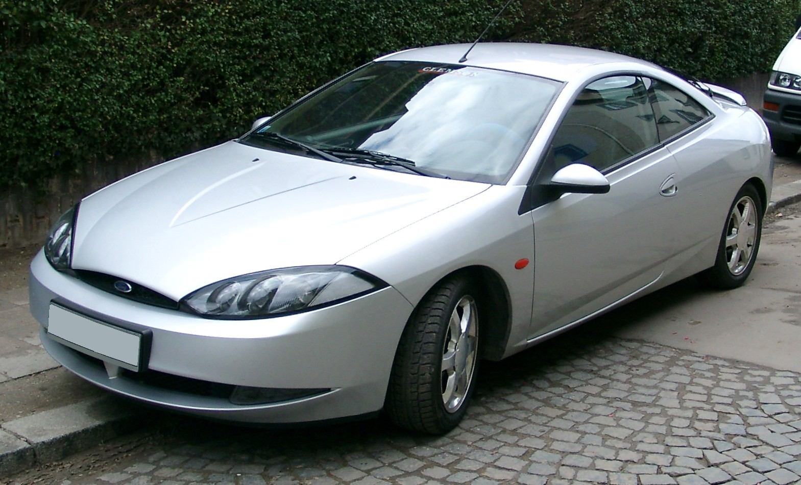 Ford Cougar #1