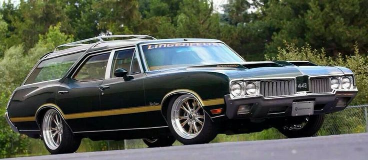 1970 Oldsmobile Vista Cruiser #13
