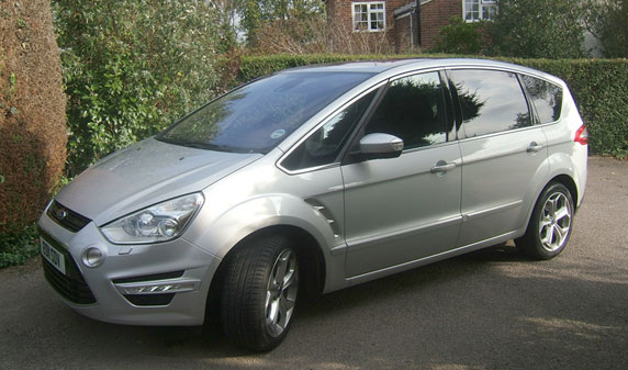 2011 Ford S-Max #3