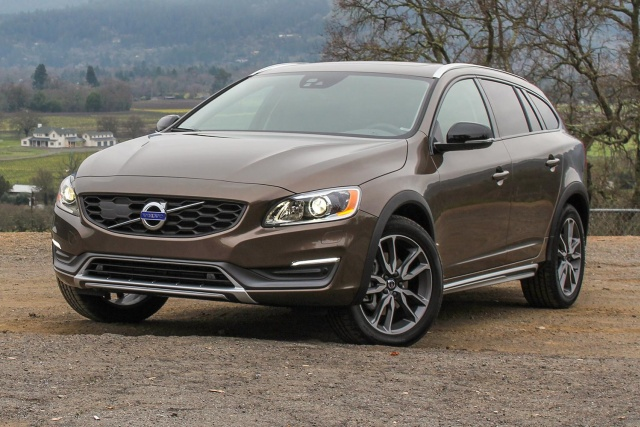 Volvo V60 Cross Country #16