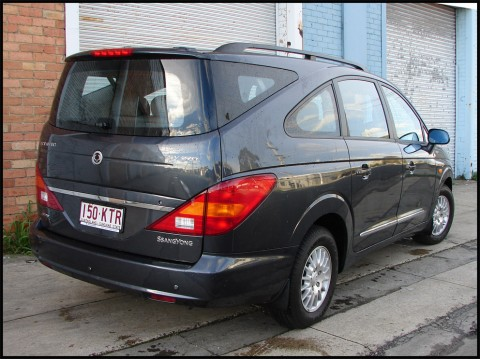 2006 Ssangyong Stavic #13