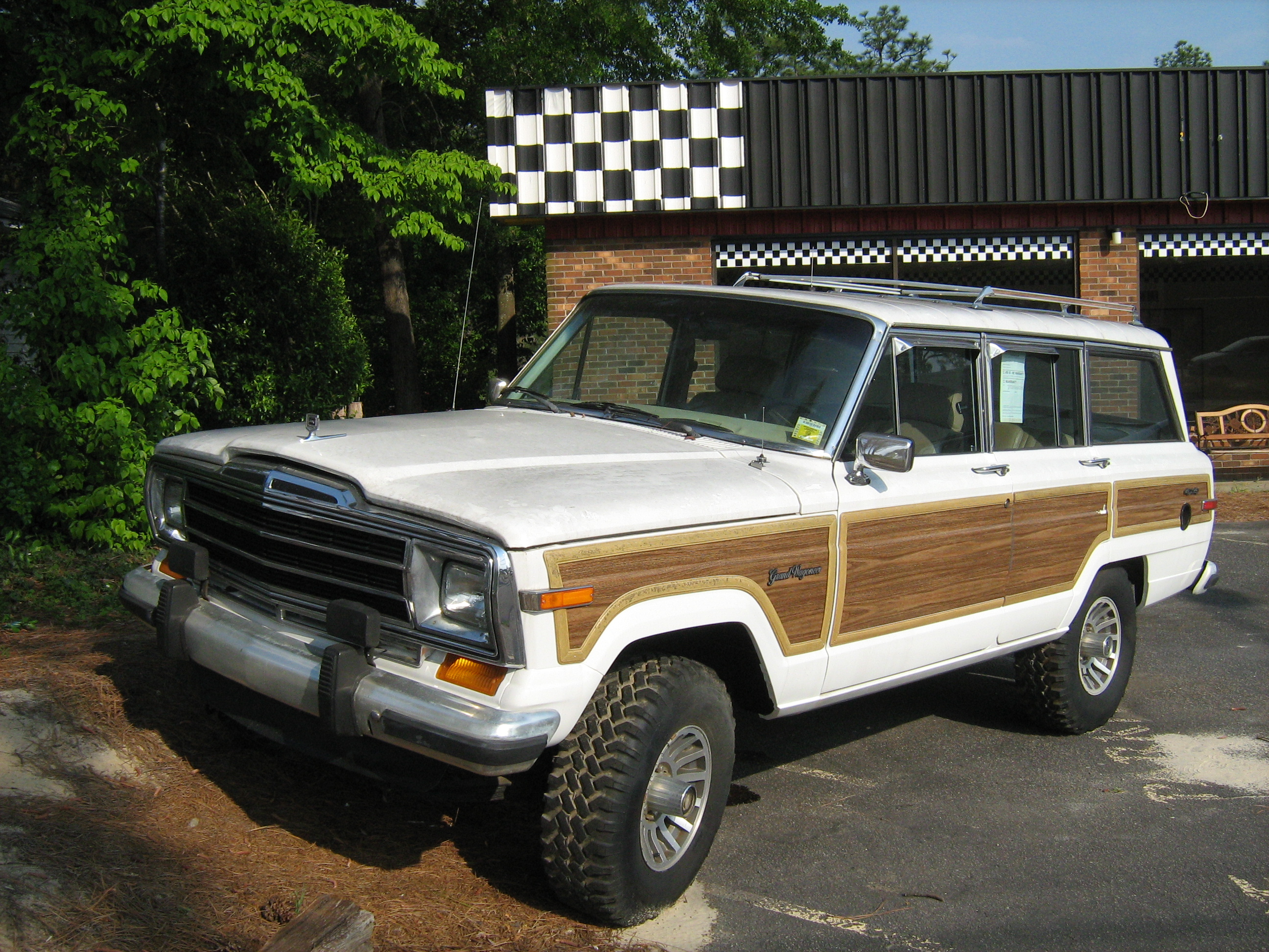 Jeep Grand Wagoneer Photos Informations Articles