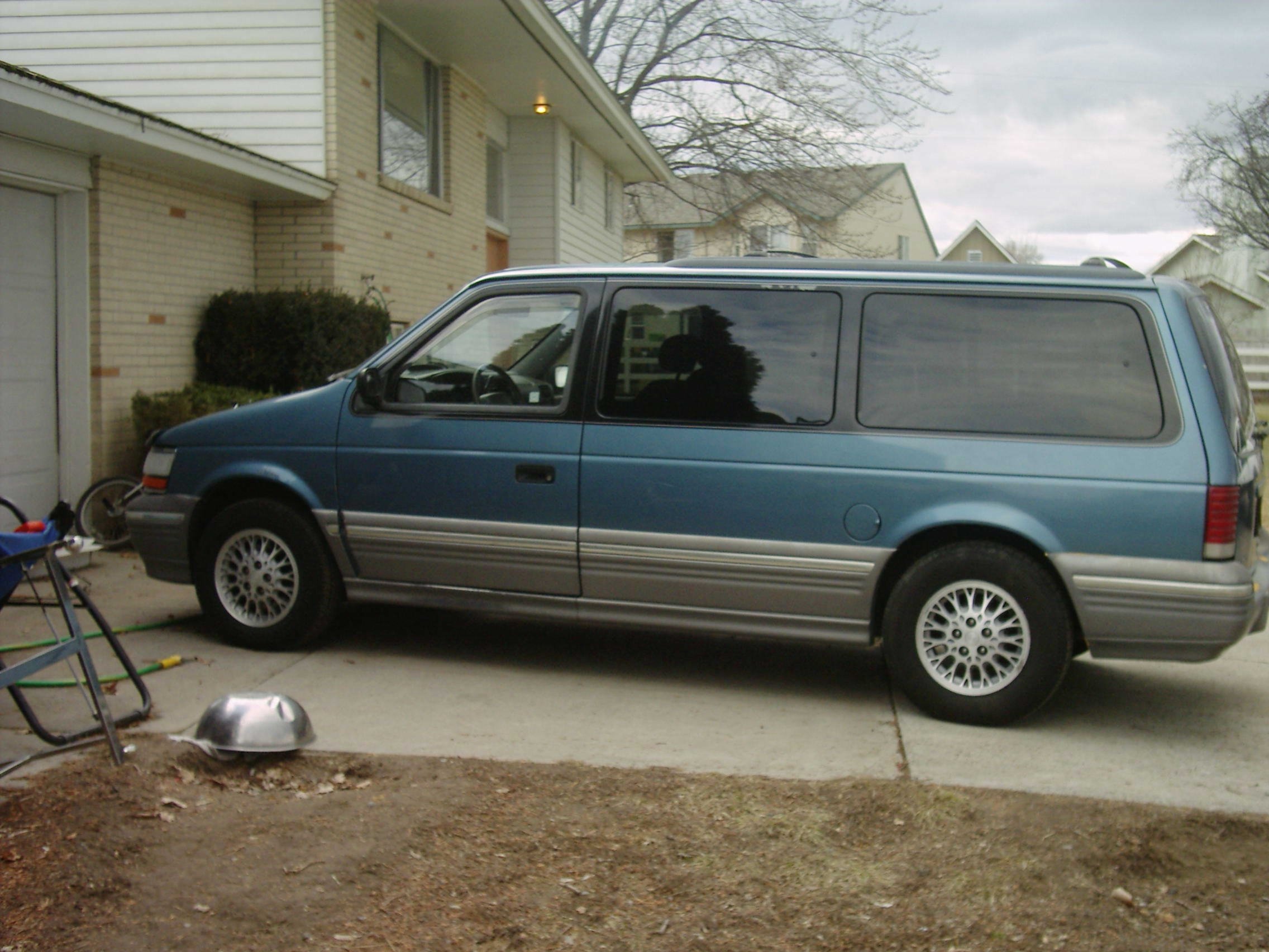 1994 Plymouth Grand Voyager #13