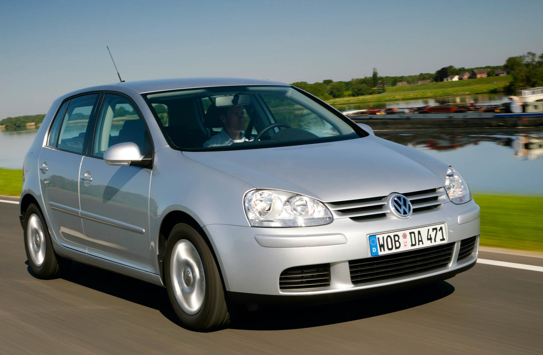 2004 Volkswagen Golf #3