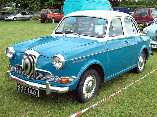 1961 Riley One-Point-Five #8