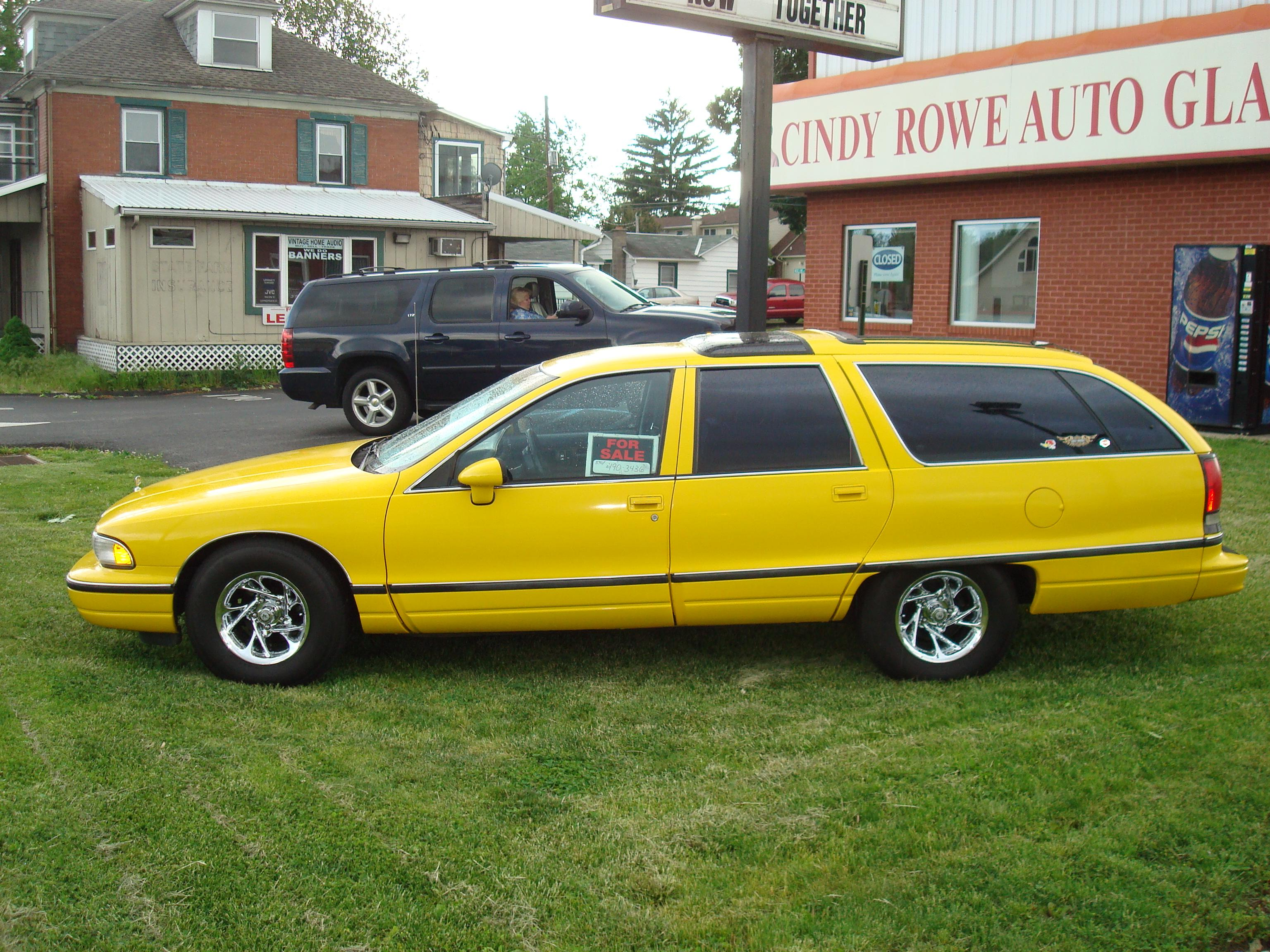 1991 Oldsmobile Custom Cruiser #4