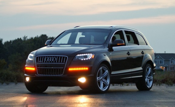 2011 audi q7 photos informations articles. Black Bedroom Furniture Sets. Home Design Ideas