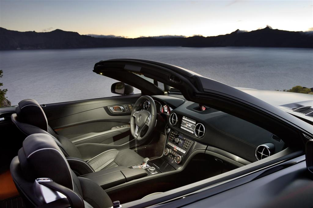 2013 Mercedes-Benz SL #17