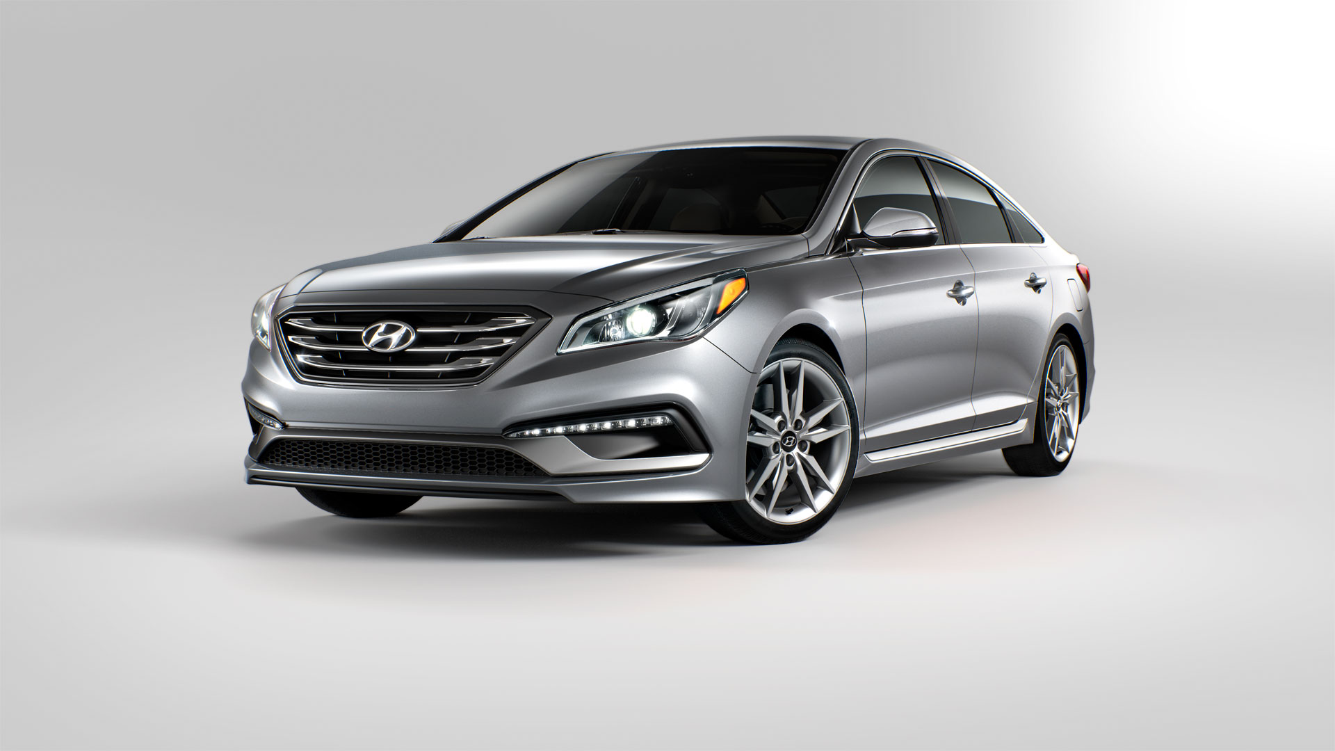 2015 hyundai sonata photos informations articles. Black Bedroom Furniture Sets. Home Design Ideas