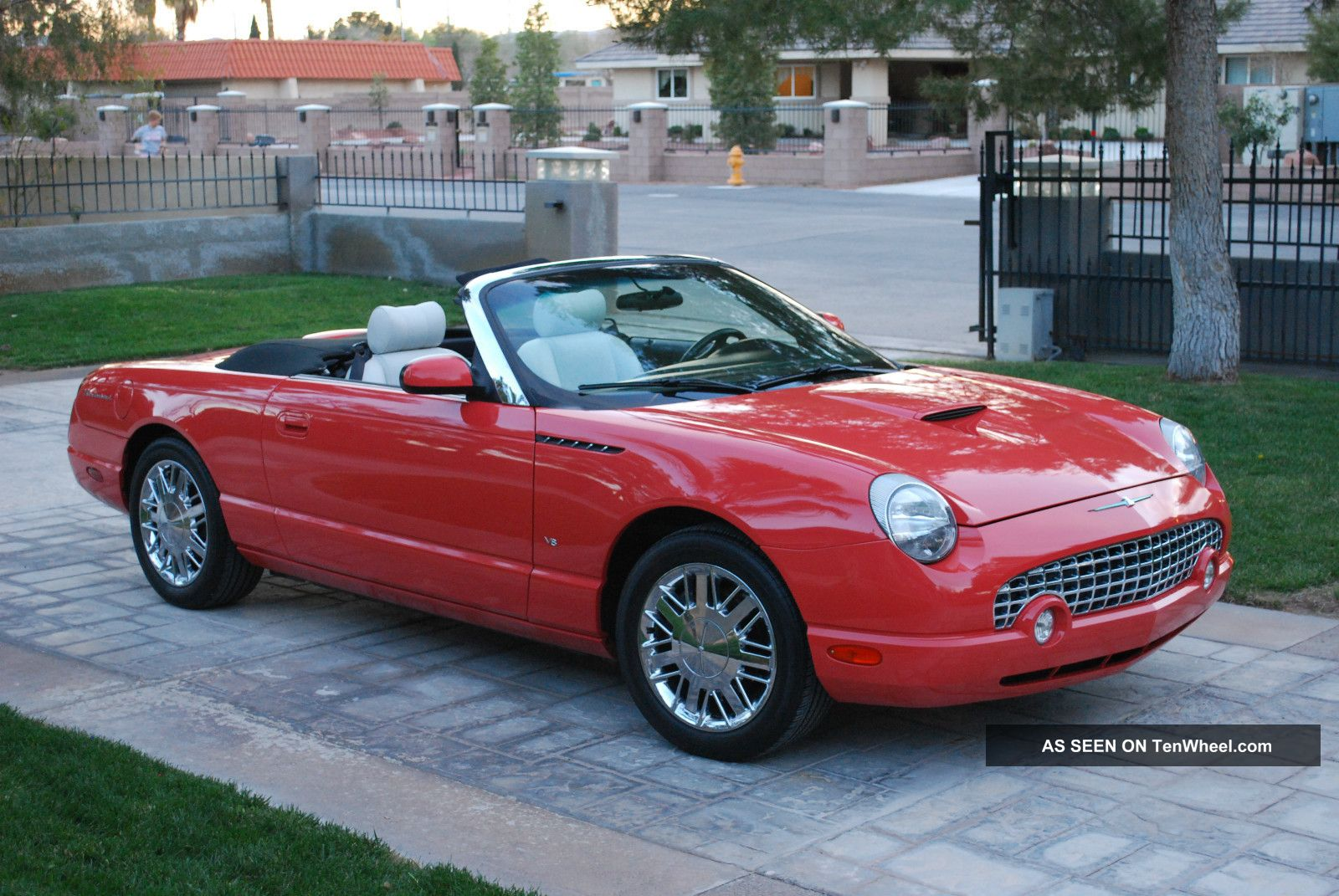 2003 Ford Thunderbird #4