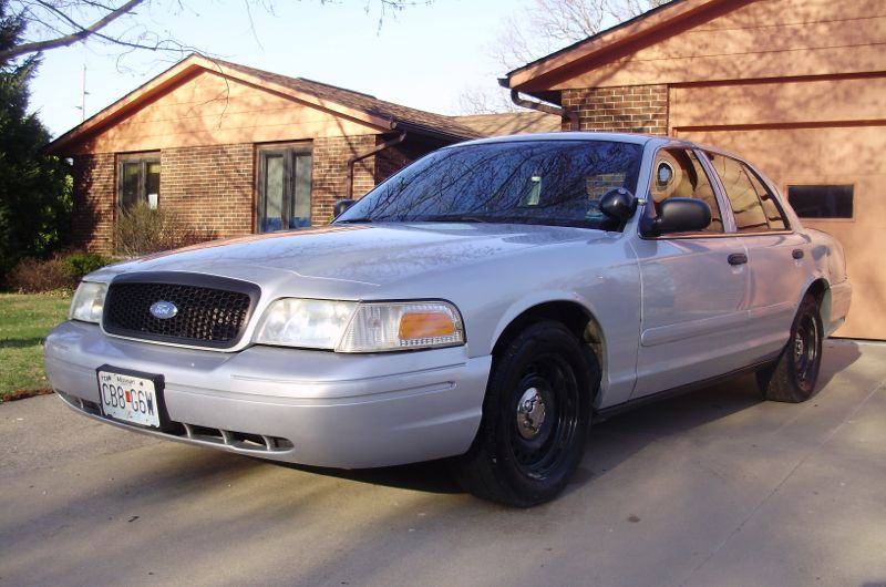 2001 Ford Crown Victoria #11