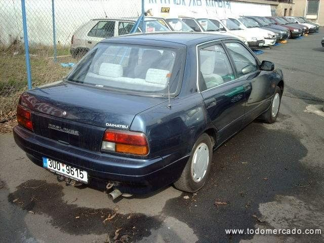 1992 Daihatsu Applause #8