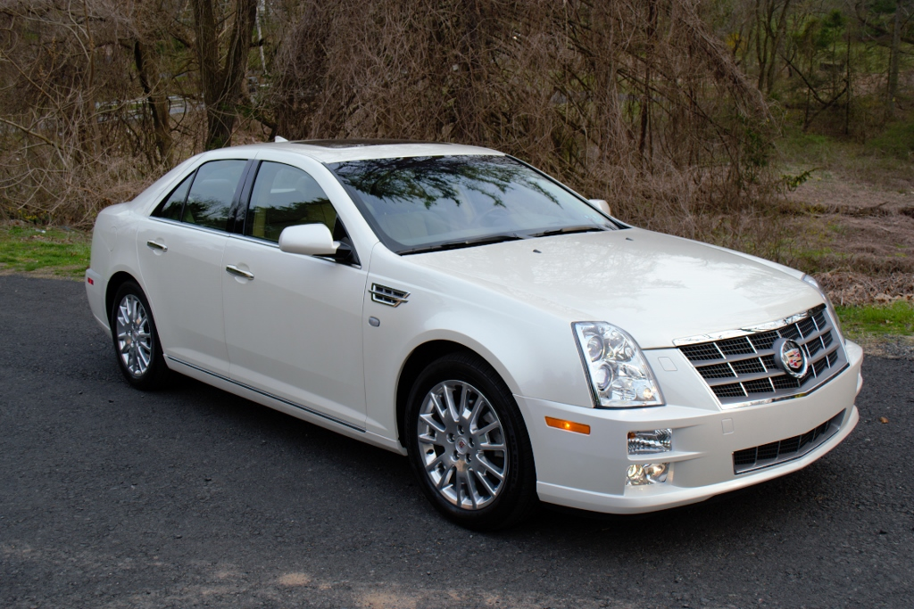 2010 cadillac sts photos informations articles bestcarmag com