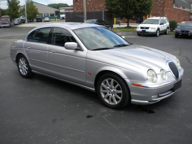 2000 Jaguar S-type #13