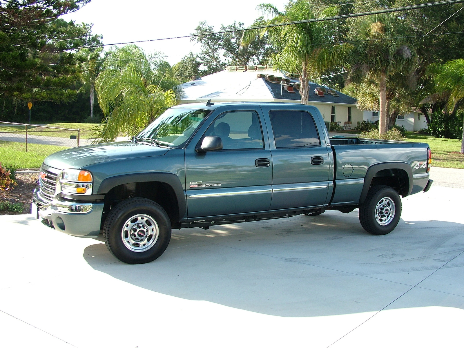 GMC Sierra 2500hd #7