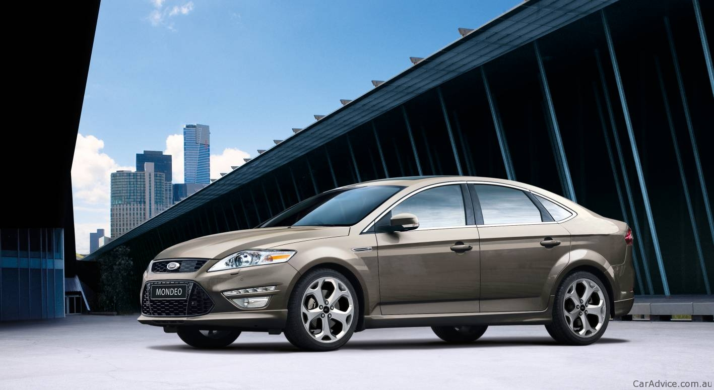 2011 Ford Mondeo #16