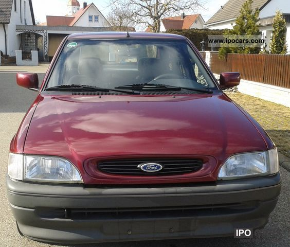 1994 Ford Orion #11