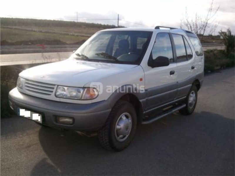 2001 Tata Safari #3