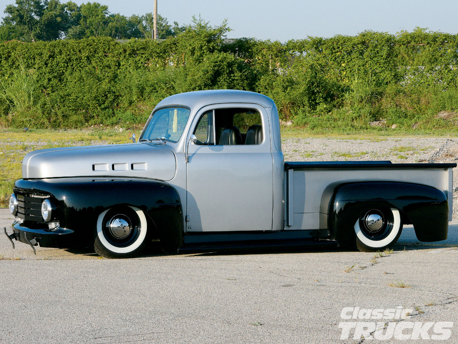 1948 Ford F #9