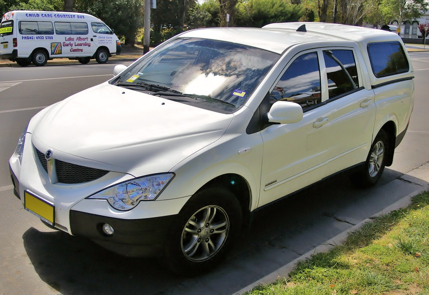 2009 Ssangyong Actyon #11