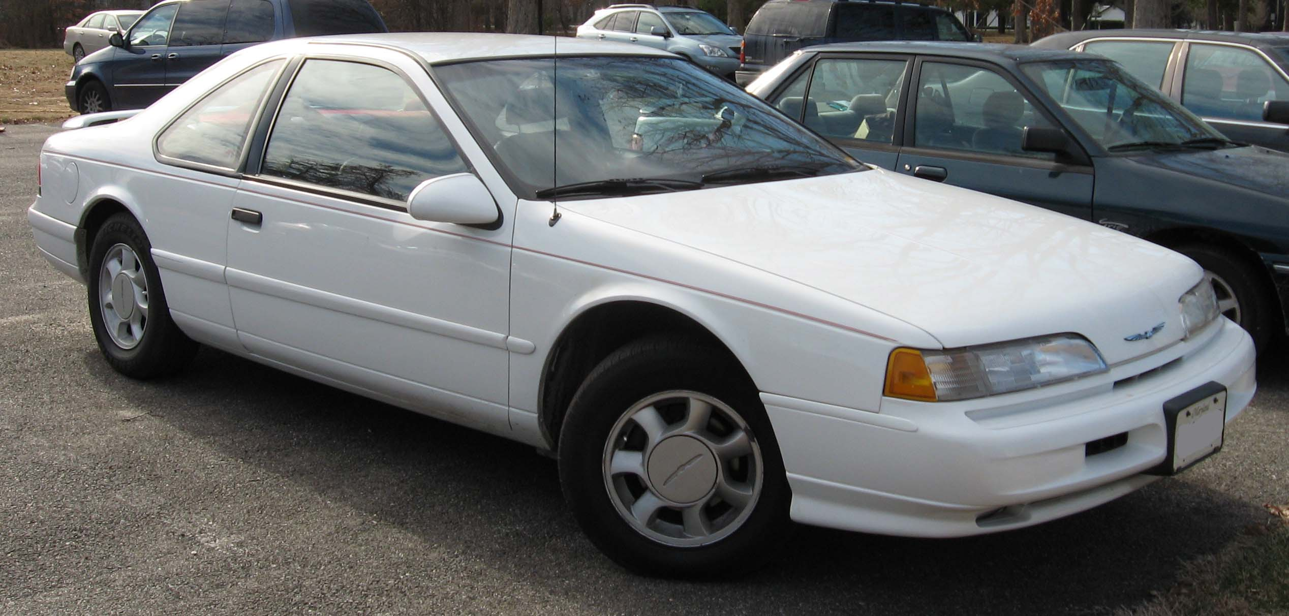 1992 Ford Thunderbird #14