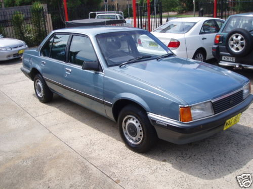 1982 Holden Camira Photos Informations Articles