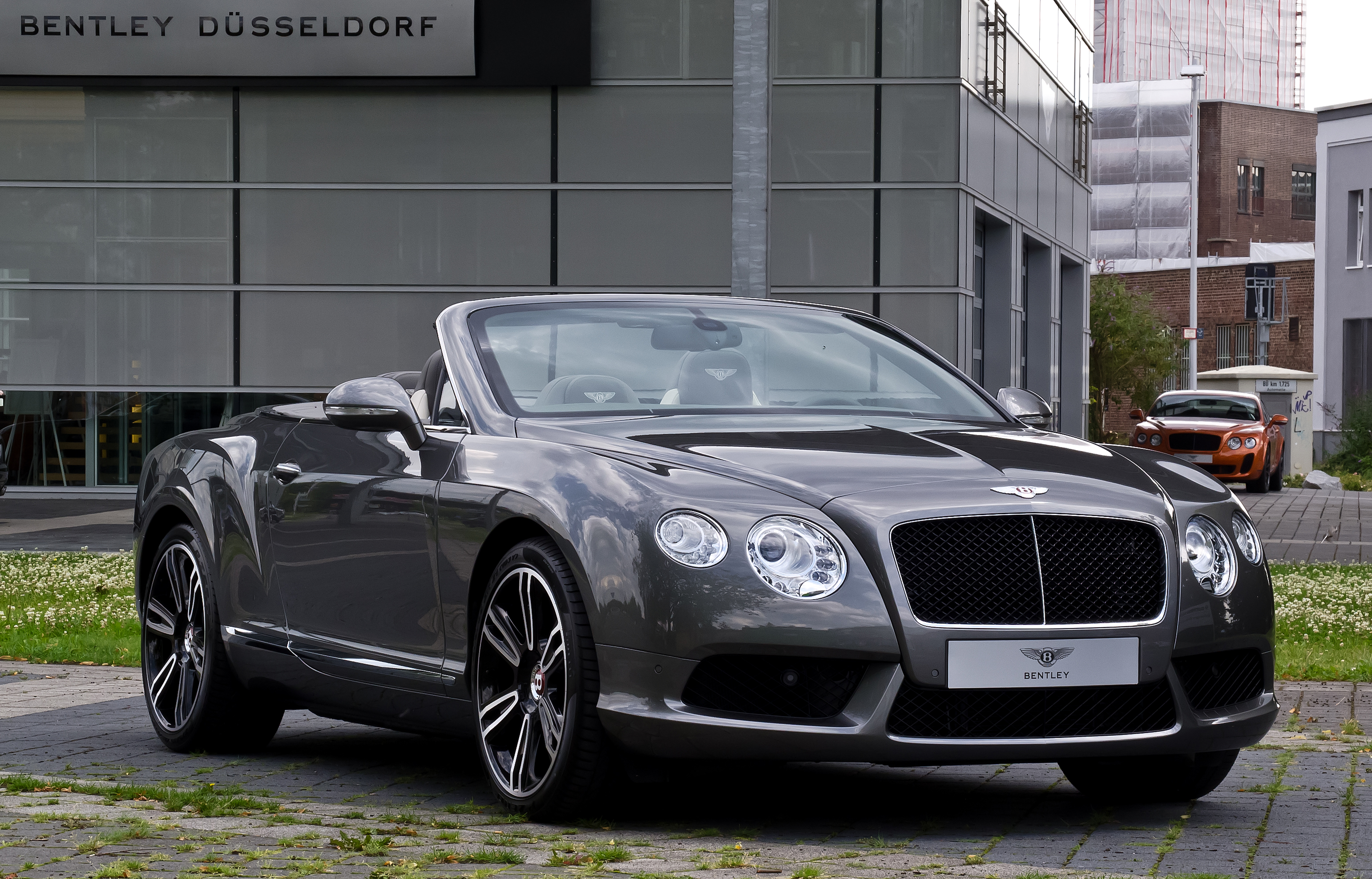Bentley Continental Gtc #18