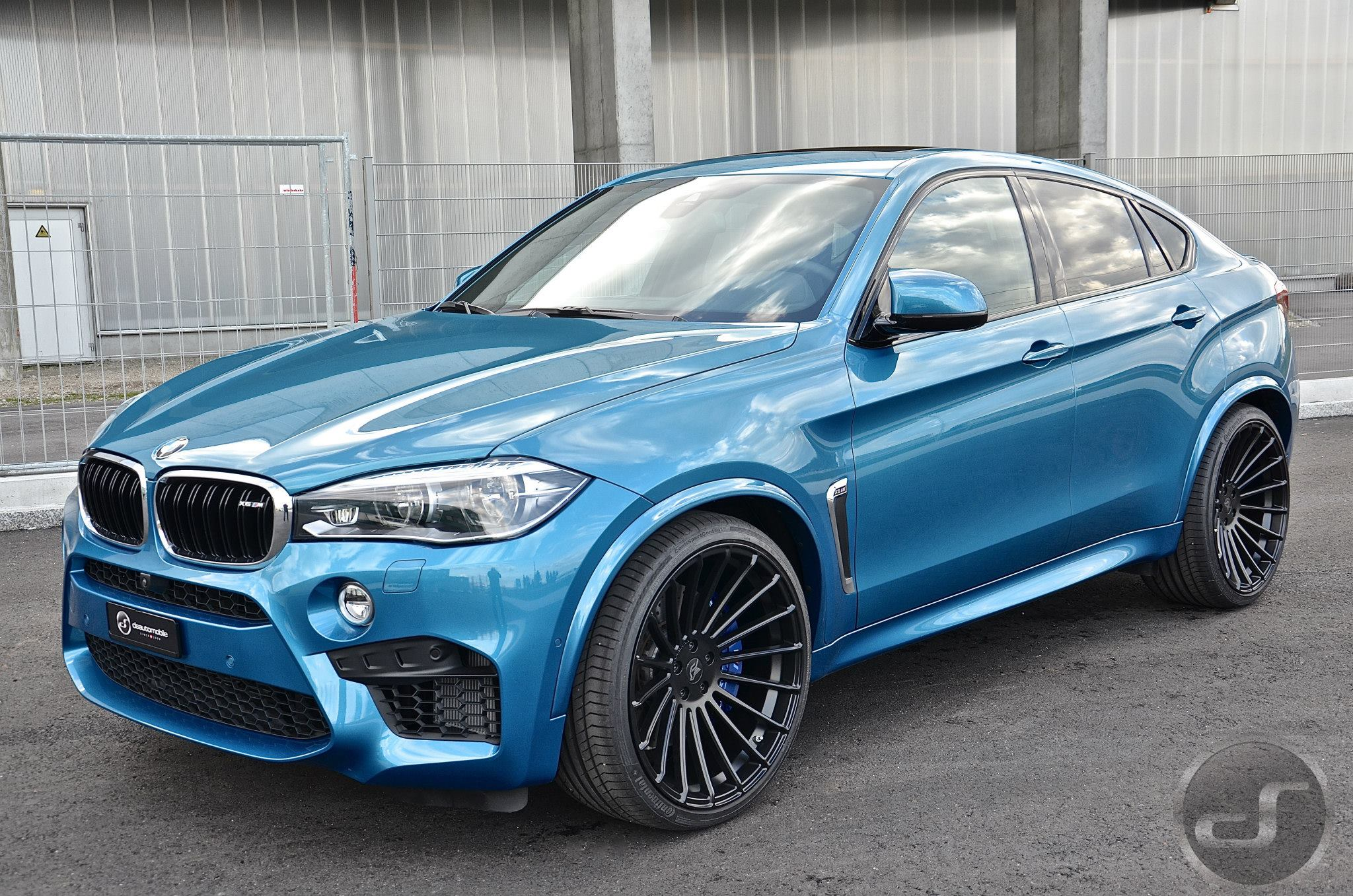 bmw x6 m photos informations articles. Black Bedroom Furniture Sets. Home Design Ideas