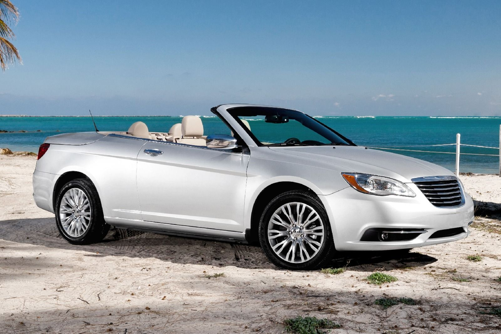 Chrysler 200 CONVERTIBLE #19
