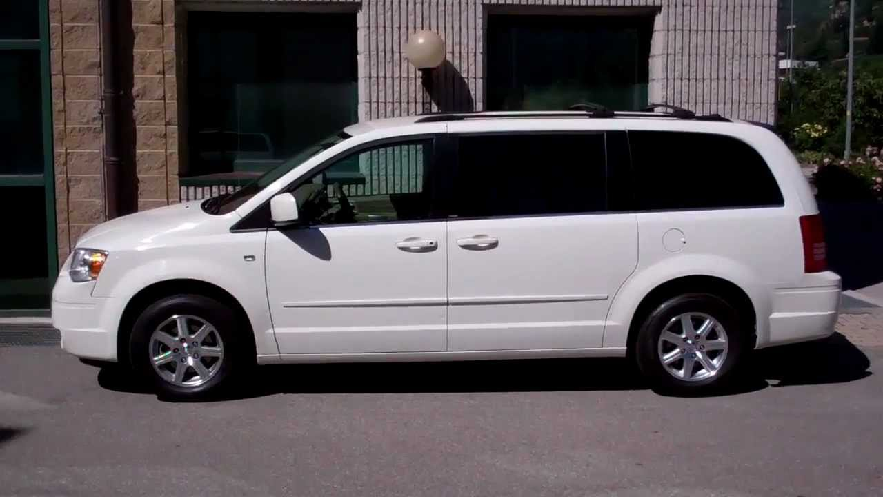 Chrysler Grand Voyager #23