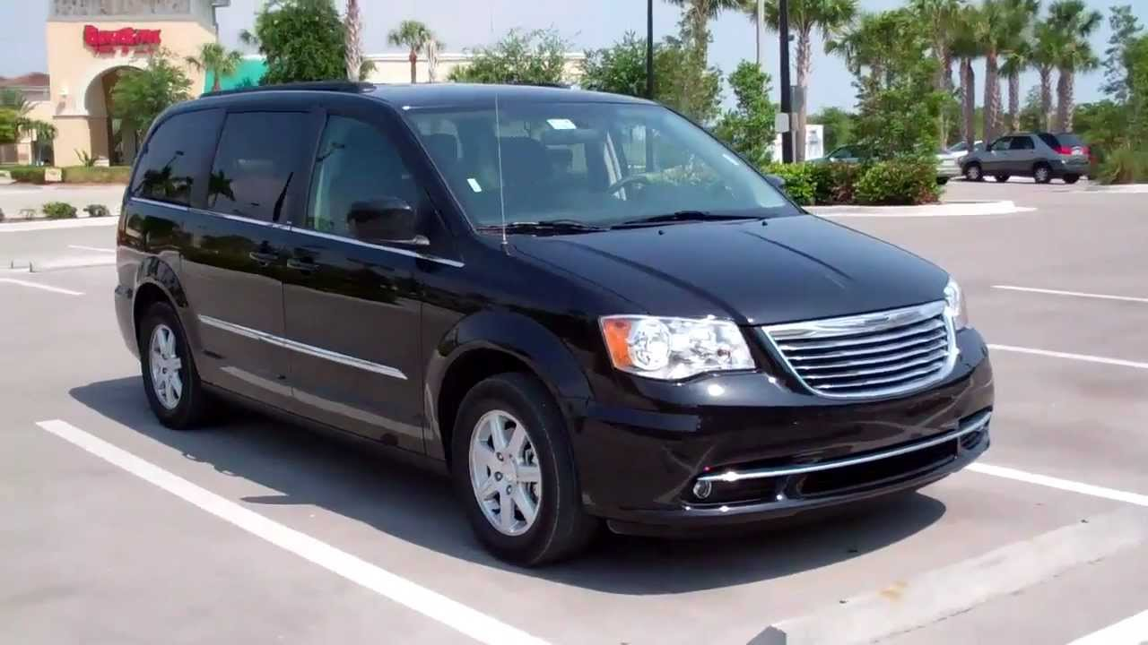 Chrysler Grand Voyager #28