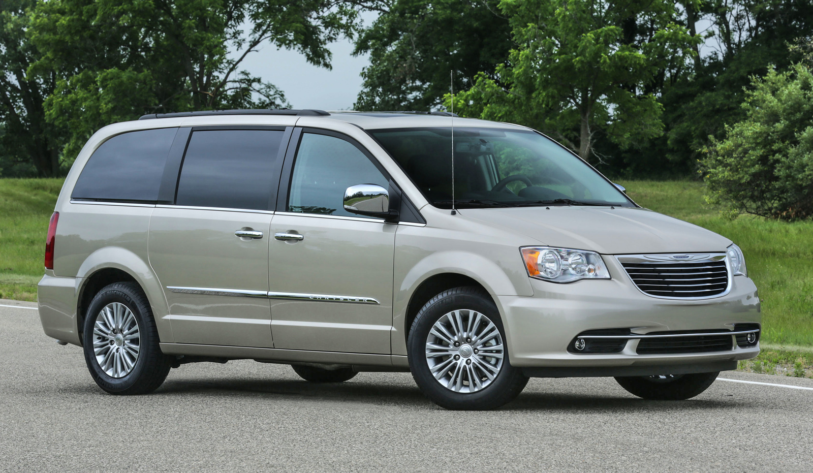 Chrysler Town And Country #22