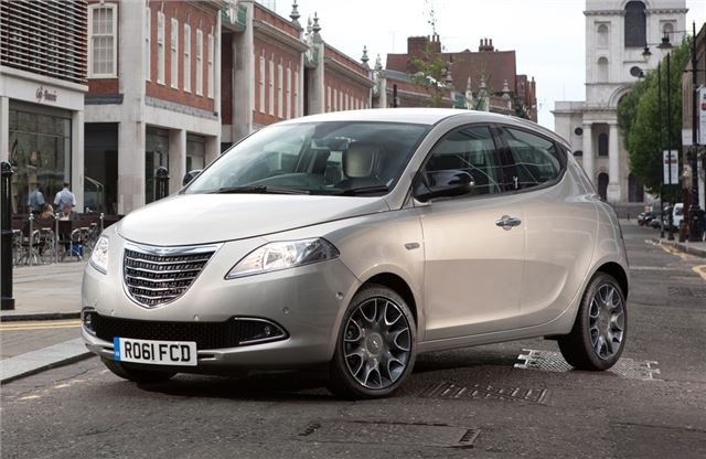 Chrysler Ypsilon #20
