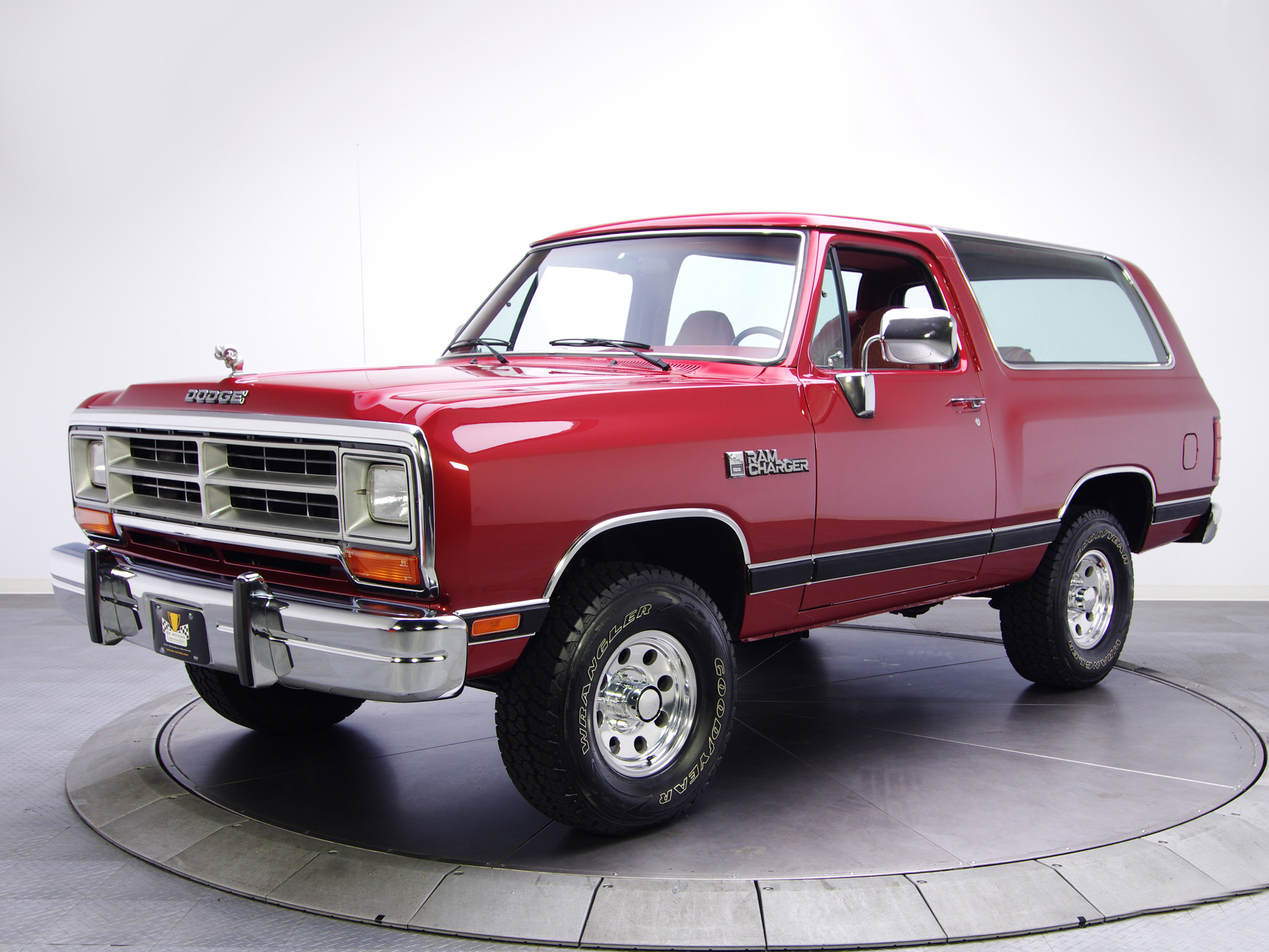 Dodge Ramcharger #17