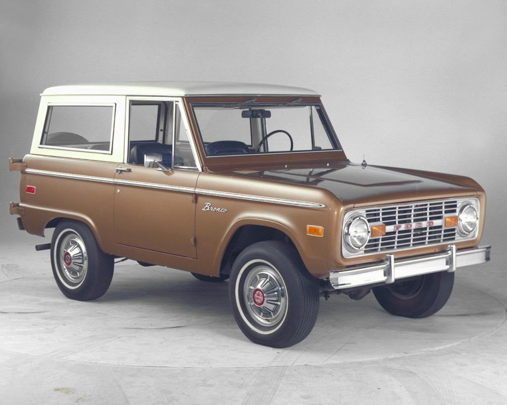 Ford Bronco #23