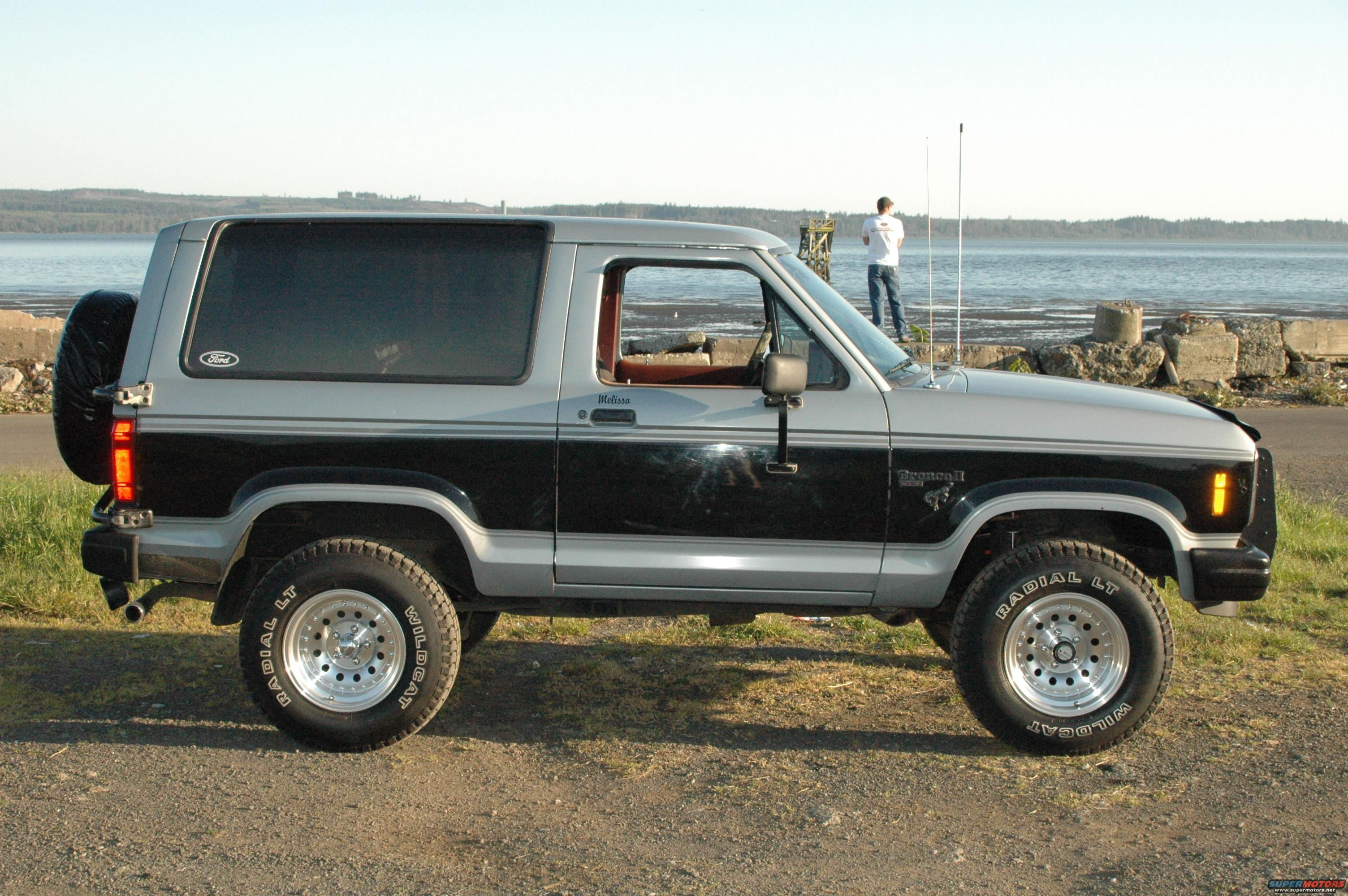 Ford Bronco Ii #13