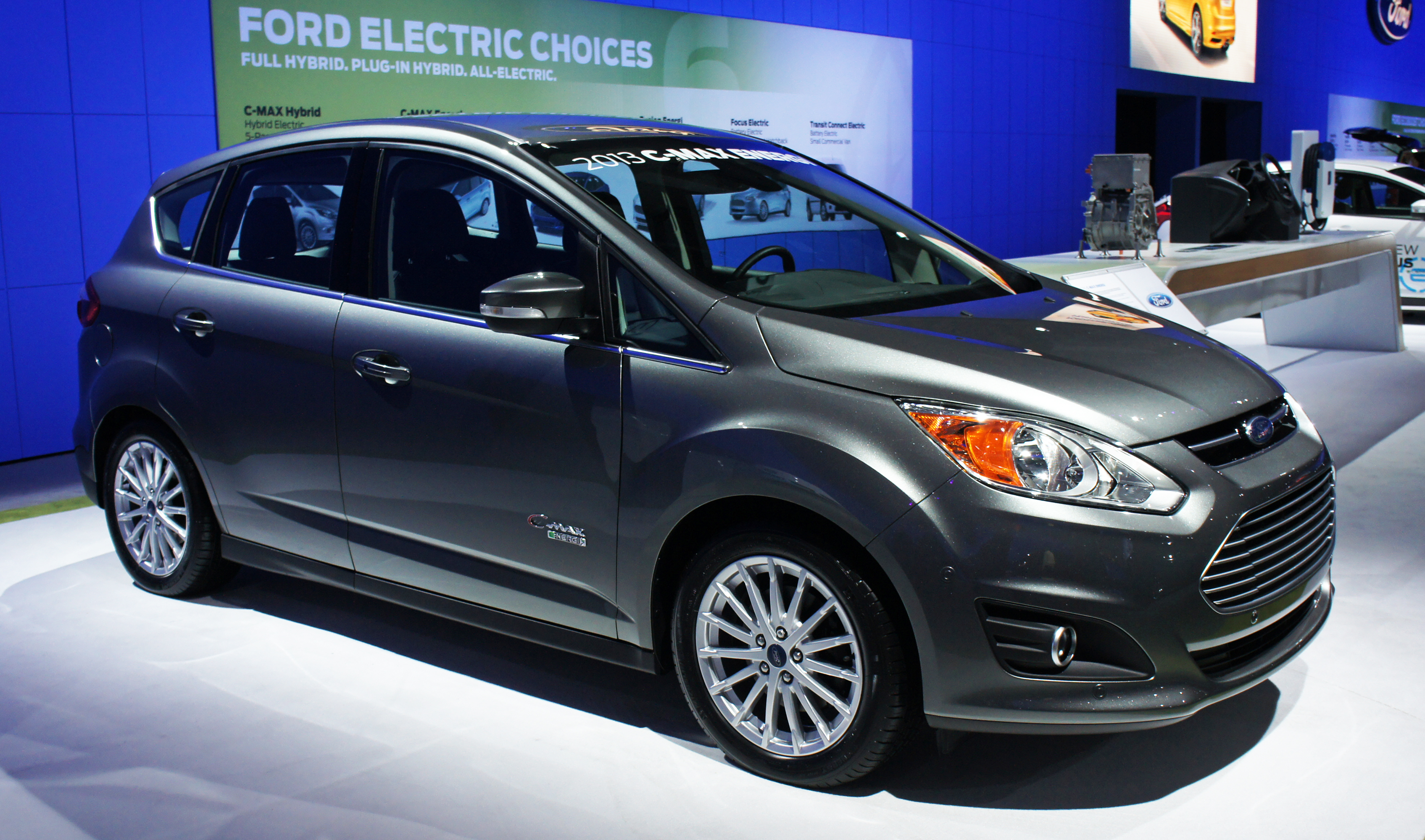 Ford C-max Hybrid Photos, Informations, Articles - BestCarMag.com