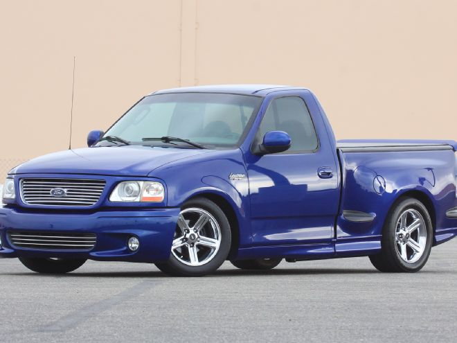 Ford F-150 Svt Lightning #24