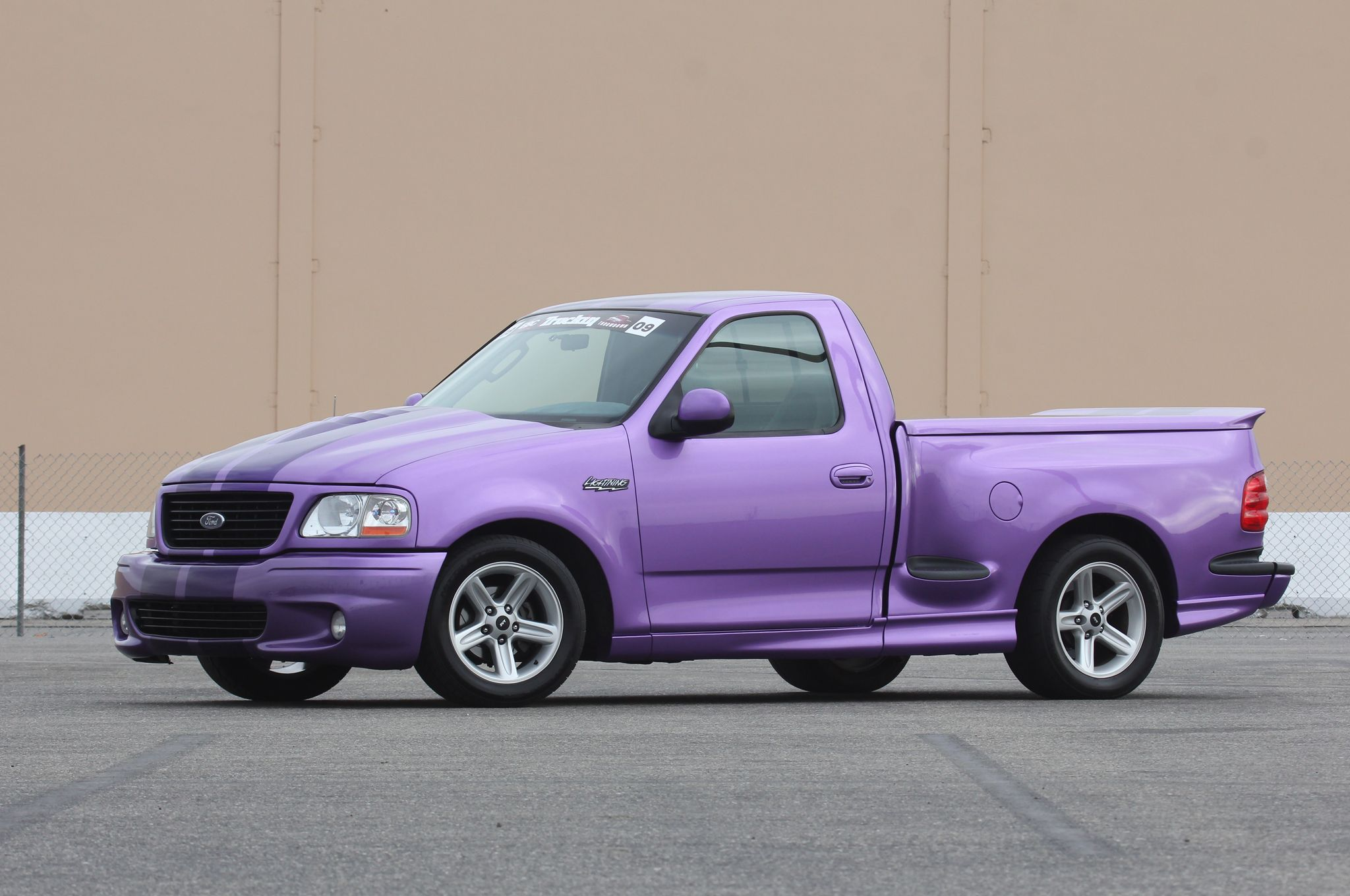 Ford F-150 Svt Lightning #20