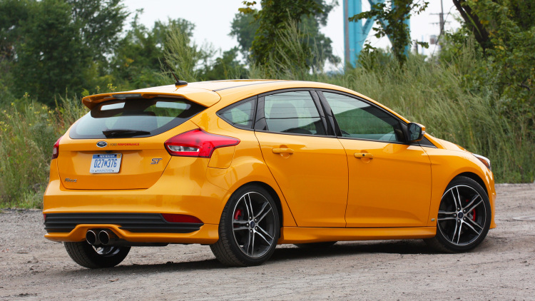 Ford Focus St #18