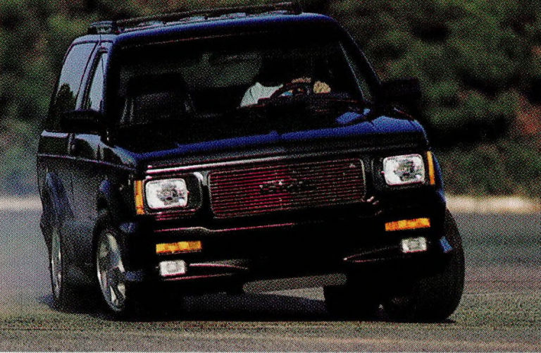 GMC Typhoon #21
