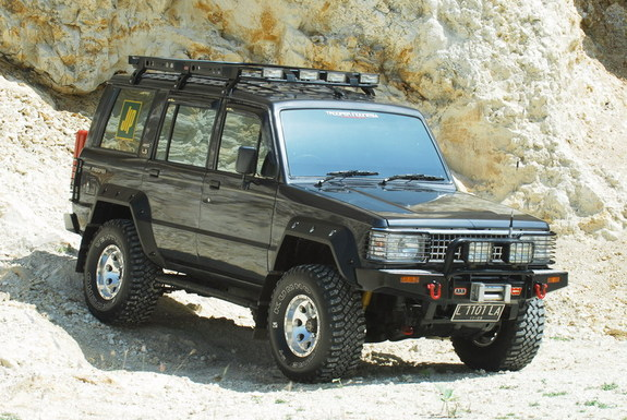Isuzu Trooper #23