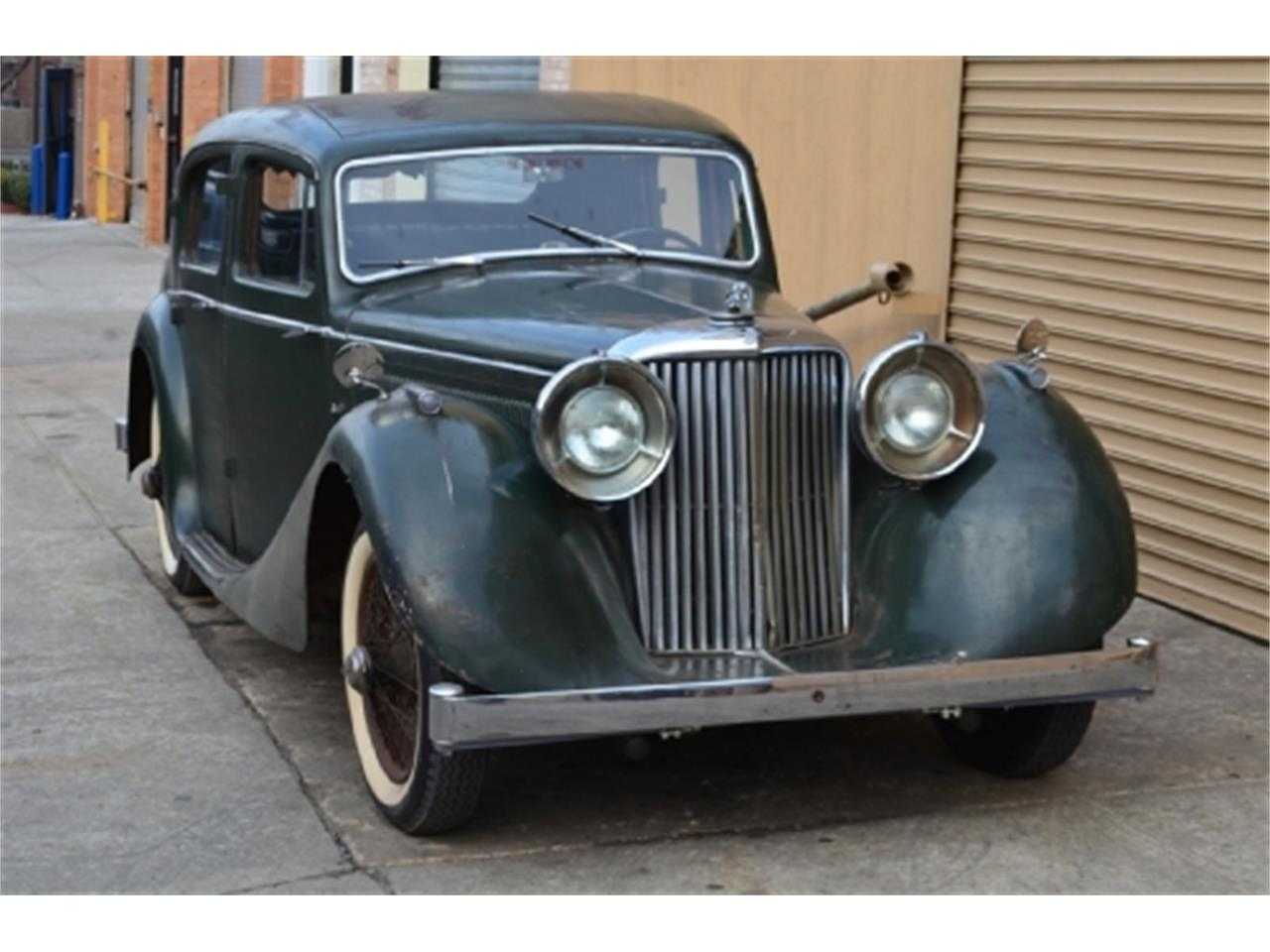 Jaguar Mark IV #18