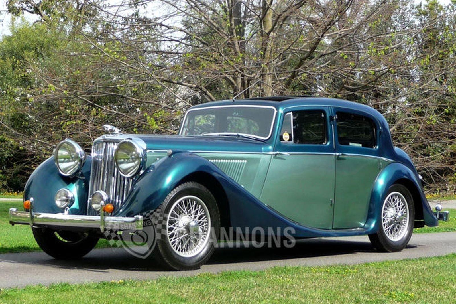Jaguar Mark IV #15