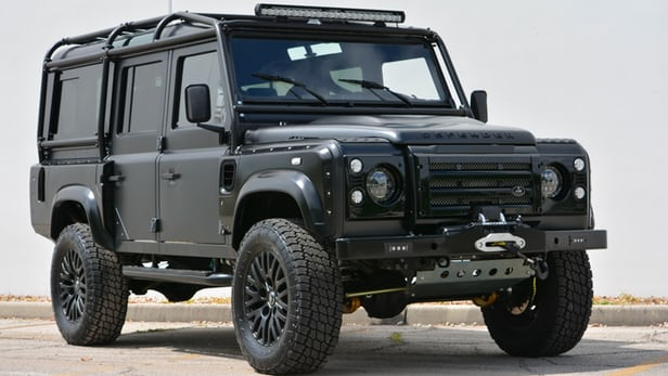 Land Rover Defender #25